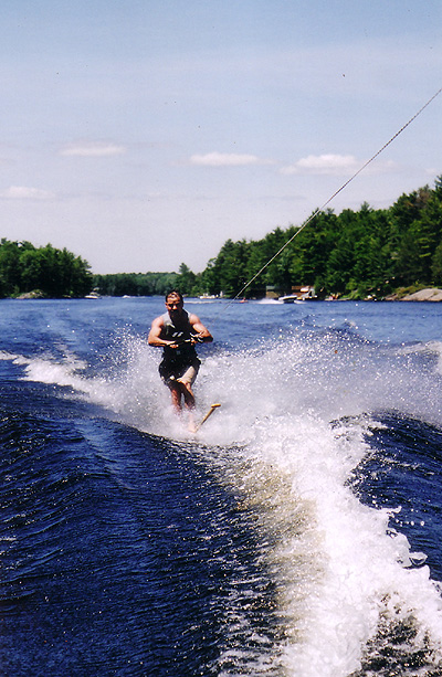 paddle_waterski